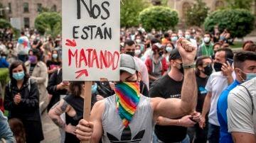 Concentración celebrada este lunes en Ourense para condenar la brutal agresión que acabó este sábado con la vida del joven Samuel Luiz