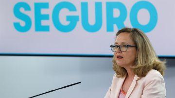 La vicepresidenta segunda del Gobierno y ministra de Asuntos Económicos y Transformación Digital, Nadia Calviño ,en rueda de prensa tras la reunión del Consejo de Ministros.