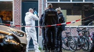 Tirotean en Ámsterdam a un periodista holandés especializado en crimen organizado
