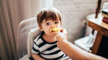 Cómo conseguir que los niños coman de todo sin castigos ni rabietas (sobre todo verduras)