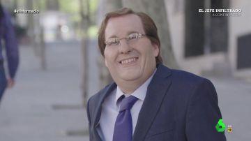 """Cuando Joaquín Reyes imitó a Almeida, """"mister sonrisa"""": """"Nos sabéis cómo me dejó el Ayuntamiento la comunista de Carmena"""""""