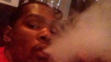 Kevin Durant fumando marihuana en 2014
