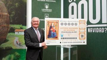Jesús Huerta, presidente de Loterías y Apuestas del Estado, anunciando el inicio de la campaña de verano