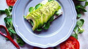 Grasas saludables: estos son los alimentos que deberías tomar a diario si quieres adelgazar y estar sano