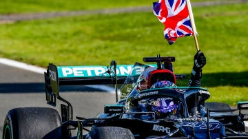 De la decepción de la Eurocopa a la alegría del GP de Silverstone
