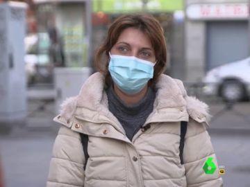 Las diferencias de cómo afrontan la pandemia en un barrio rico y uno obrero: de ahorrar 1.000 euros al mes a pedir dinero a familiares