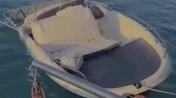 Dulceida y sus amigos rescatan a varios jóvenes de un naufragio en Ibiza