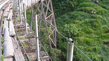 Muere una joven de 25 años mientras hacía 'bungee jumping' en un viaducto