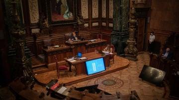 Sesión plenaria en el Ayuntamiento de Barcelona