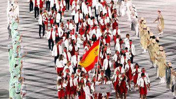La delegación española durante el desfile inaugural de los Juegos Olímpicos de Tokio