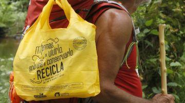 Uno de los 'ecoperegrinos' del Camino del Reciclaje