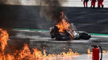 El espectacular incendio en el que se vio envuelto Dani Pedrosa en su vuelta a MotoGP