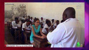 Marta Borrell cuenta cómo las alumnas deben acostarse con su profesor para pasar de curso en Mozambique