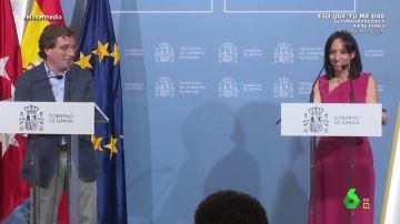 """""""Es que pongo la otra mejilla constantemente"""": la divertida reacción de Almeida ante su pique con la delegada del Gobierno"""