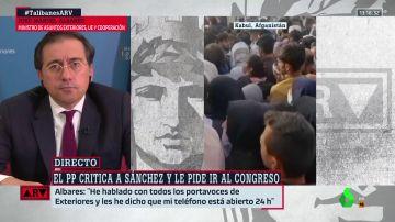 """El ministro Albares da las claves del dispositivo de evacuación español en Kabul: """"Seguiremos en Afganistán mientras sea posible"""""""