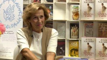 La escritora Julia Navarro