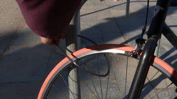 No, no uses este candado si quieres proteger tu bicicleta de los ladrones