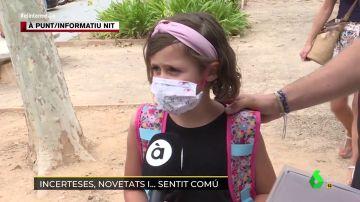 """Lo que no se vio de la niña viral de las mascarillas: """"No pasa nada, es mejor eso que morirse"""""""