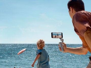 El nuevo DJI OM5 estrena nuevo diseño, mejor estabilización y es palo selfie