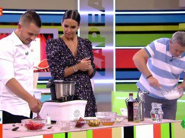 La receta de Dabiz Muñoz con Cristina Pedroche y Miki Nadal