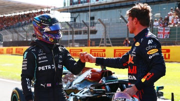Lewis Hamilton y Max Verstappen