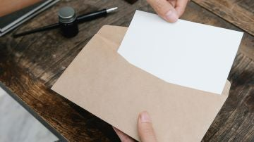 Cómo escribir bien las direcciones en el sobre de una carta