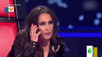 La impresionante actuación de Ezequiel Montoya en 'La Voz' hace que Malú 'llame' a su padre en directo