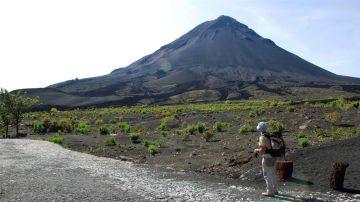 ¿Cuáles son los 3 tipos de volcanes? | Volcán de Fogo, en la isla de Fogo de Cabo Verde
