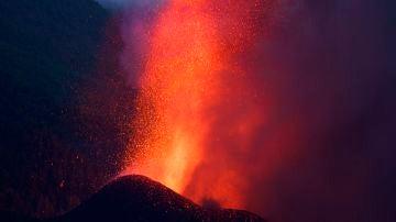 ¿Qué pasará cuando llegue al mar la lava del volcán de La Palma, a qué velocidad y temperatura desciende?