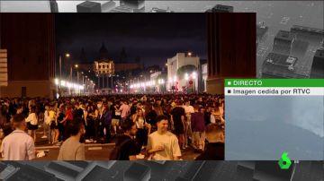 """Un macrobotellón de 40.000 jóvenes en Barcelona deriva en 20 detenciones, 43 heridos y una """"posible"""" agresión sexual"""