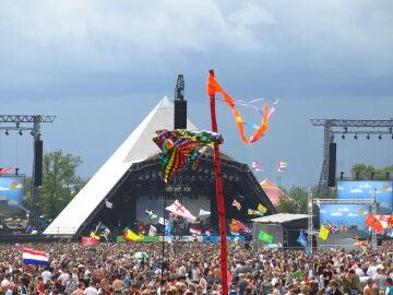 Los participantes de un festival consumen tantas drogas que su orina daña a los peces de los ríos cercanos