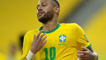 Neymar, con Brasil
