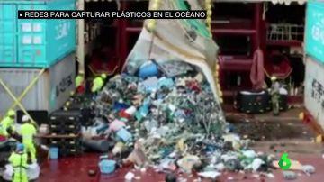 Así funciona un novedoso sistema de redes para acabar con la basura que no para de llegar a los océanos