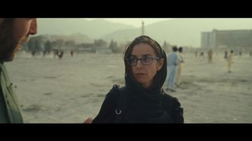 """La tajante respuesta de la corresponsal Mònica Bernabé a Sánchez desde Afganistán tras hablar de """"éxito"""" en la evacuación"""