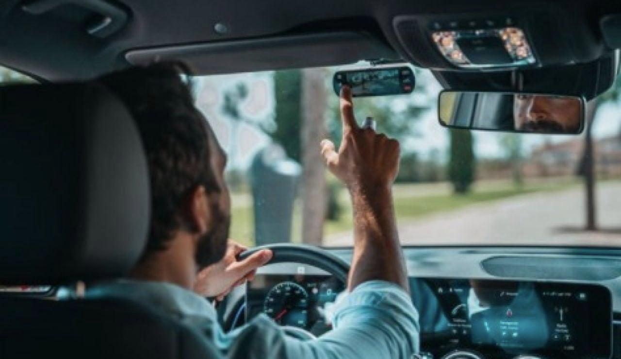 Conducir de forma eficiente o planificar el viaje aporta gran ahorro a los conductores, según Hello Auto